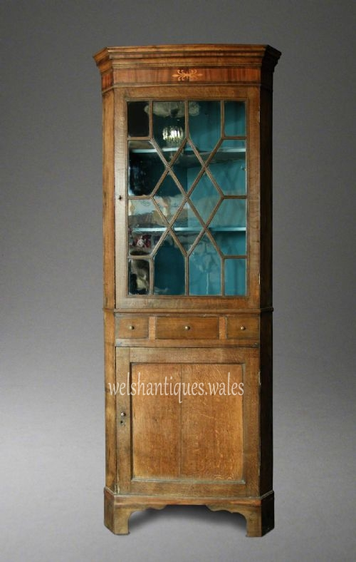 Antique Welsh Oak Corner Cupboard, - Antique Welsh Oak Corner Cupboard, Cardiganshire, Circa 1790